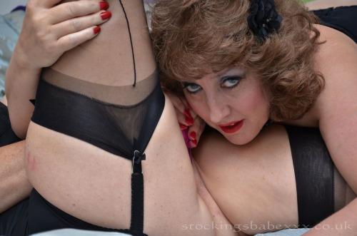chaude cougar sexy en photos 066