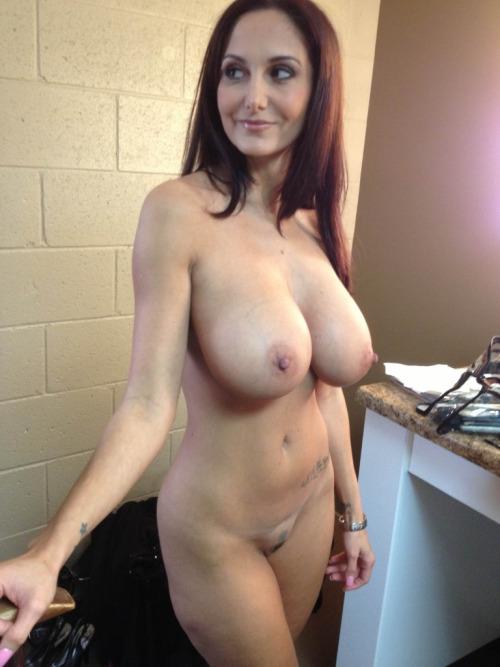 chaude cougar sexy en photos 090