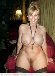 chaude cougar sexy en photos 175