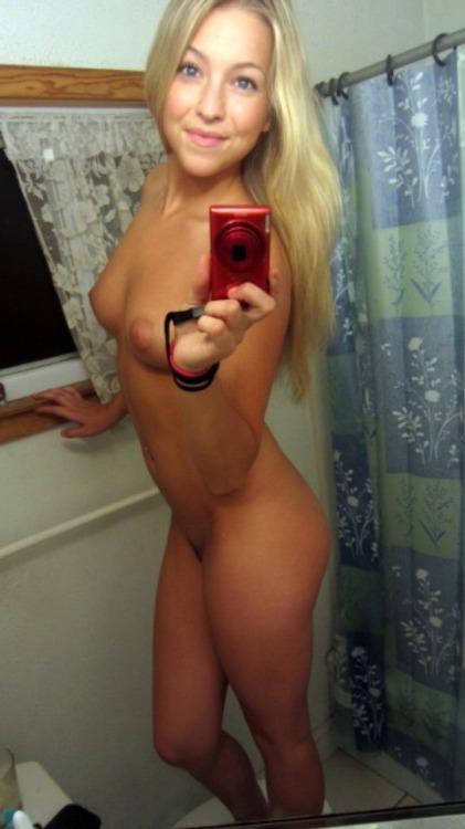 Hot femme sexy 05 à poil
